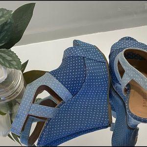 Blue Shoes Platform ✨
